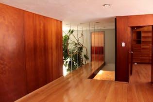 Casa en venta en Del Carmen, Coyoacán 544 m2 con Jardín