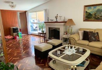 Casa en venta en La Florida de 478 mt2. con dos niveles.