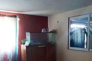 Casa en venta en Secc Cuitlahuac de 180 mt2. con 2 niveles.