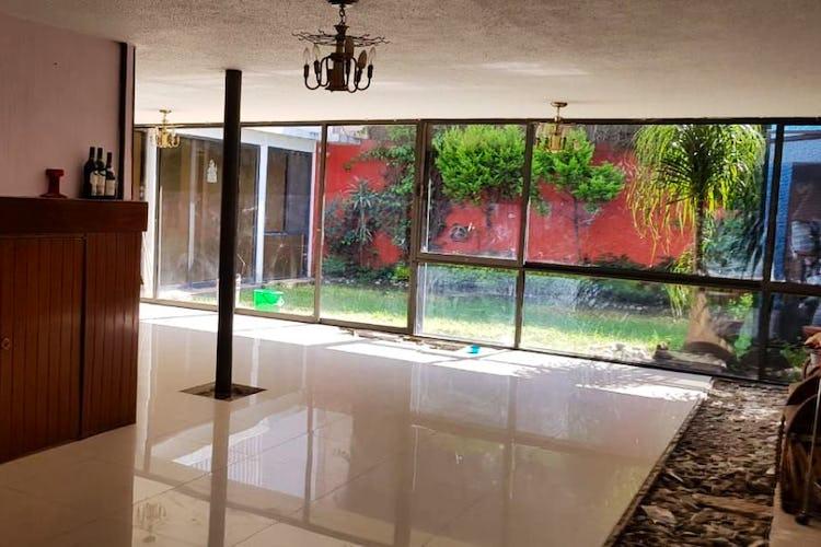 Portada Casa en venta en Barrio La Concepción 374 m2 para remodelar