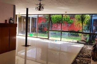 Casa en venta en Barrio La Concepción 374 m2 para remodelar