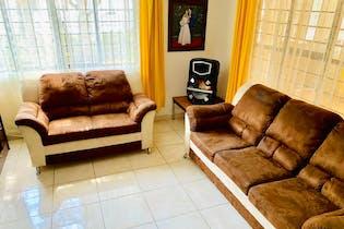Casa en venta en  Valle de Aragón 3ra Sección Poniente, Ecatepec de Morelos 3 recámaras