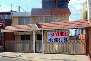 Casa en venta en Balcones Del Valle de 160 mt con chimenea
