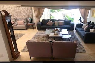Casa en venta en La Herradura, 791mt con terraza