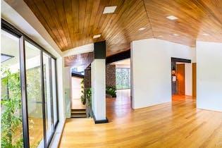 Casa en venta en Jardines del Pedregal, 382mt con terraza
