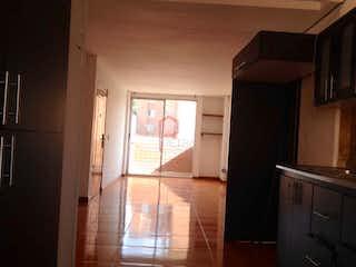 Una habitación que tiene una ventana en ella en Villas del Velódromo