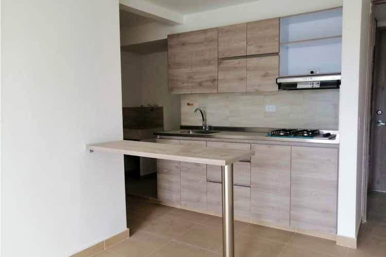 Portada Apartamento en Loma de San Jose, Sabaneta -56mt,  dos alcobas, balcón