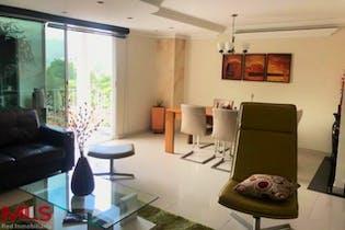 Casa en El Poblado-Alejandría, con 4 Habitaciones - 220 mt2.