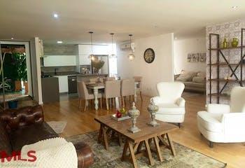 Apartamento en Envigado-Loma de las Brujas, con 3 Habitaciones - 170 mt2.