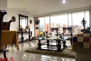 Apartamento en El Esmeraldal, Envigado - 111mt, tres alcobas, balcón