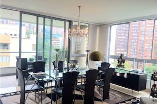Apartamento en venta en Los Balsos de 4 habitaciones