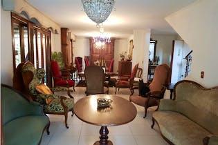Casa 227 mt2 Poblado-La calera ,4 Habitaciones