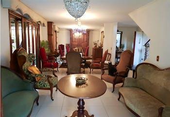 Casa en venta en La Tomatera de 4 habitaciones