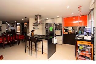 Casa en venta en Barrio Modelia de 4 hab. con Bbq...
