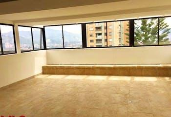 Apartamento en San Lucas, Poblado - 330mt, cuatro alcobas, terraza