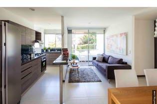 Apartamento en Asdesilla, Sabaneta - 75mt, tres alcobas, balcón