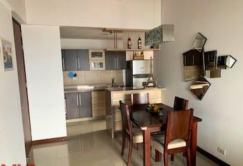 Apartamento en El Esmeraldal, Envigado - 79mt, tres alcobas, balcón