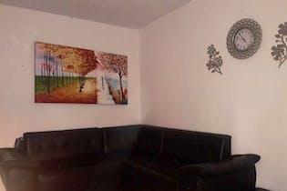 Casa 1 piso 80,86 mts2-Ubicada en Castilla-Belalcazar,4 Habitaciones.