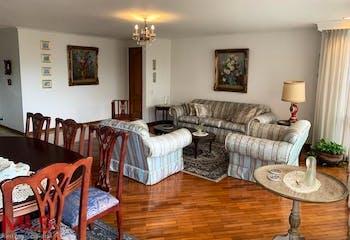 Apartamento 183 mts2-Ubicado en el Poblado- El Campestre, 3 Habitaciones.
