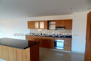 Apartamento en venta en Loma Linda de 4 habitaciones