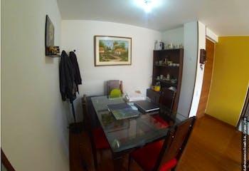 Apartamento en Mazuren, Colina Camprestre - Tres alcobas