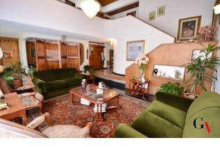 Casa 316,57 mts2-Ubicado en Pasadena- Barrio el Estoril,4 Habitaciones.