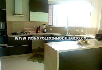 Apartamento pent-house en Santa María de los Ángeles, El Poblado con 2 niveles y 3 habitaciones - 235 mt2.
