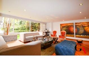 Apartamento en venta en El Refugio con acceso a Jardín