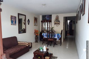 Casa en Colina Campestre-Spring, con 5 Habitaciones - 137 mt2.