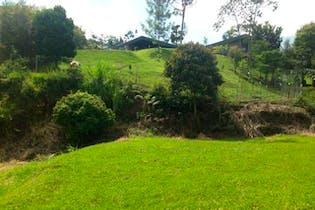 Lote en Envigado-Loma del Escobero, con 1750 mt2.