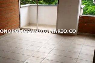 Apartaestudio en Cabañas, Bello - 65mt, tres alcobas, balcón