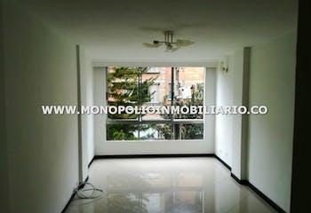 Apartamento en El Dorado, Envigado - 75mt, tres alcobas, balcón