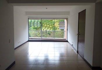 Apartamento en Loma del Escobero, Envigado - 125mt, tres alcobas, balcón