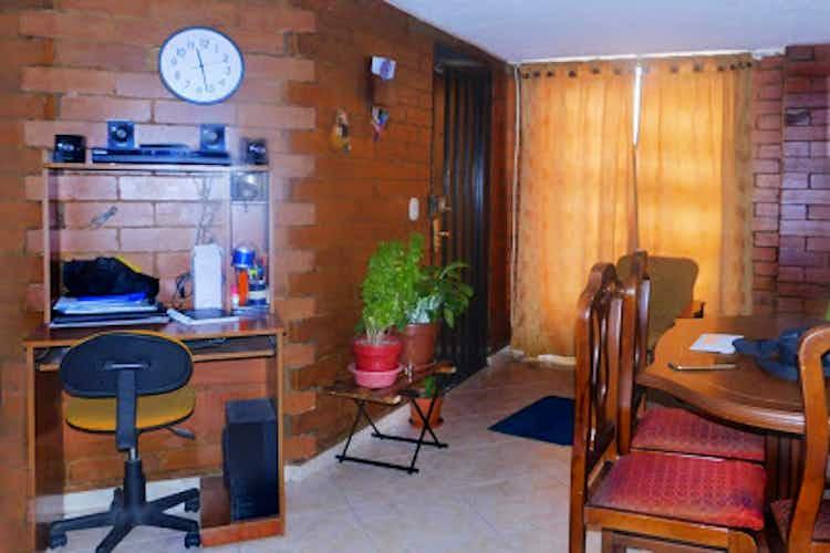 Portada Casa en Santa Sofia, Barrios Unidos - 211mt, cinco alcobas, patio