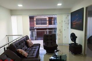 Casa en Santa Fe, Guayabal - 230mt, cuatro alcobas, balcón