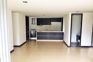 Apartamento en Loma de las Brijas, Envigado - 129mt, tres alcobas, balcón