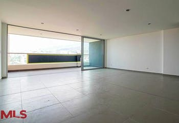 Apartamento 150 mts2-Ubicado en Envigado-Loma de Las Brujas,3 Habitaciones.