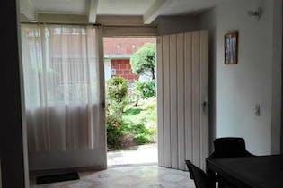 Casa en venta en Cabecera San Antonio de Prado de 72 mt2. con balcón