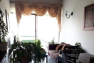 Apartamento en Calasanz, La America - 78mt, tres alcobas, balcón