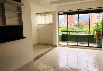 Apartamento en Calasanz, La America - 86mt, tres alcobas, balcón