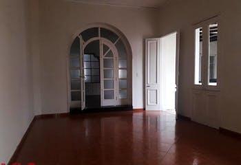 Casa 631,4 mts2-Ubicado en La candelaria-Prado,6 Habitaciones.