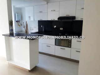 Una foto en blanco y negro de una cocina en POBLADO NIQUIA 2130