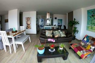 Apartamento en Ciudad del Rio, Poblado - 89mt, dos alcobas, balcón