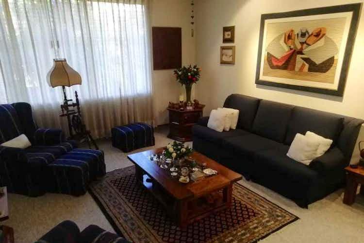Portada Casa 261 mts2-Ubicado- Las Villas-Prado Veraniego,4 Habitaciones.