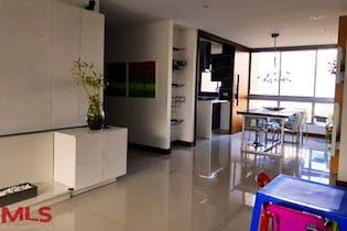 Apartamento en La Tomatera, Poblado - 160mt, tres alcobas, balcón