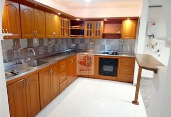 Casa en La Castellana, Laureles - 220mt, cuatro alcobas, patios