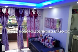 Apartamento en Viviendas del Sur, Itagui - 59mt, tres alcobas, balcón