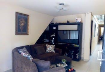 Casa en Trinidad, con 5 habitaciones- 140m2.