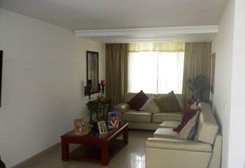 Casa en El Trianon, Envigado - 170mt, tres alcobas, terraza