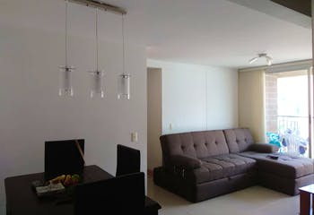 Apartamento en El Trapiche, Sabaneta - 65mt, tres alcobas, balcón